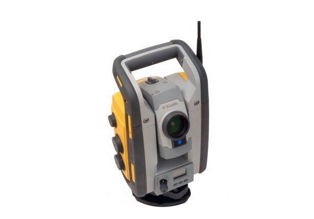 SPS930 Total Station studio 013-HR